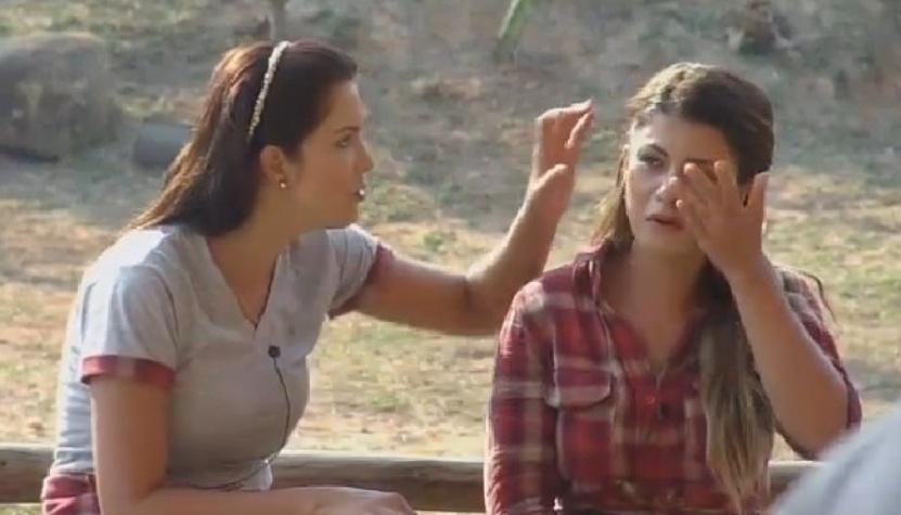 Babi Rossi chora e é consolada por Débora Lyra ao falar estar arrependida por ter ficado com Léo Rodriguez