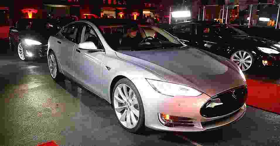 Tesla P85D - Lucy Nicholson/Reuters
