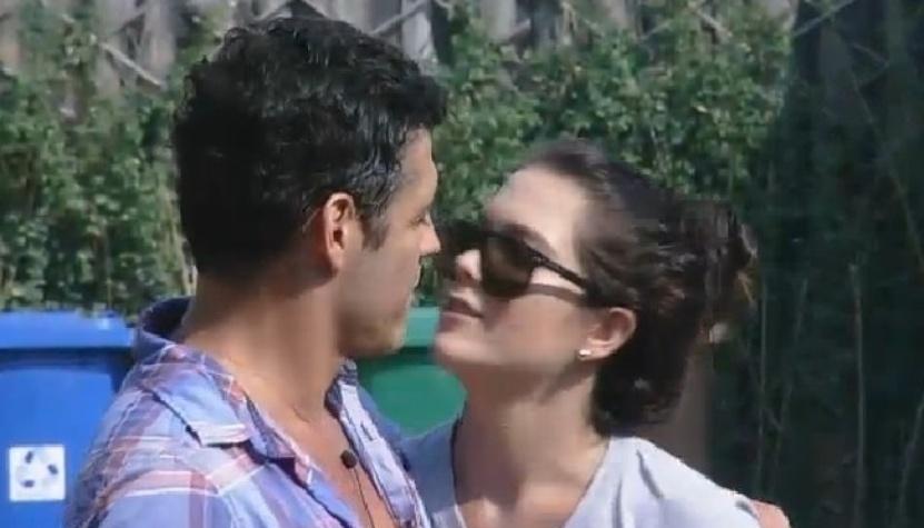 """13.out.2014 - Débora Lyra e Marlos Cruz se falam na manhã depois de se beijarem em """"A Fazenda 7"""""""