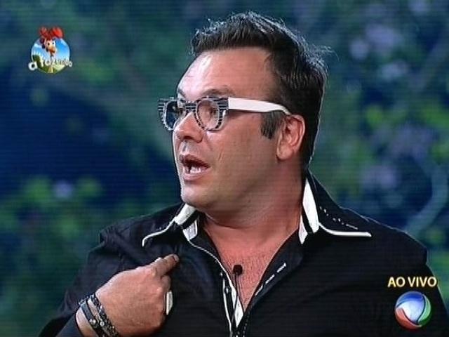 13.out.2014 - Felipeh Campos vota em DH para a quarta roça de