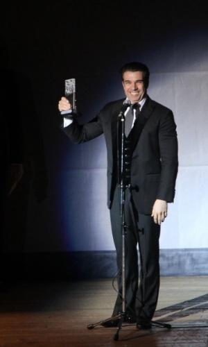 13.out.2014 - Jarbas Homem de Mello agradece prêmio de Melhor Ator na 2ª edição do Prêmio Bibi Ferreira, no Theatro São Pedro, em São Paulo