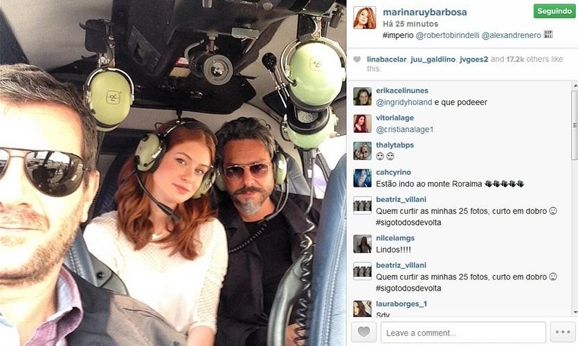 14.out.2014 - Marina Ruy Barbosa e Alexandre Nero gravam cenas em helicóptero para a novela