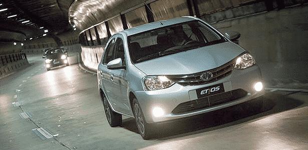 Toyota Etios Platinum - Divulgação - Divulgação