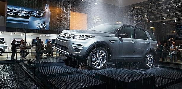 celebridades carros conectados luzes o top 5 do sal o de paris 15 10 2014 uol carros. Black Bedroom Furniture Sets. Home Design Ideas
