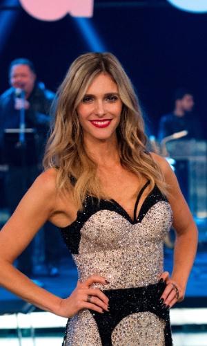Fernanda Lima usa body em cristais swarovski produzido por Samuel Cirnansck com exclusividade para ela usar na estreia da oitava temporada