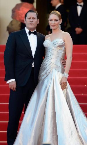 Uma Thurman, com o ex-noivo, Arpad Busson no Festival de Cannes, em 2013