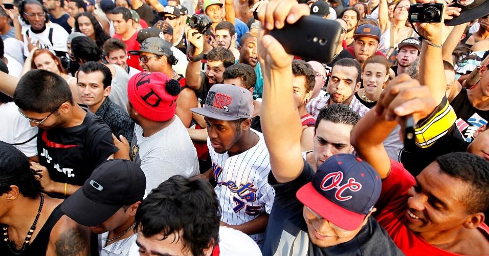 18.out.2014 - Public Enemy inaugura espaço de shows no Clube de Regatas Tietê em São Paulo