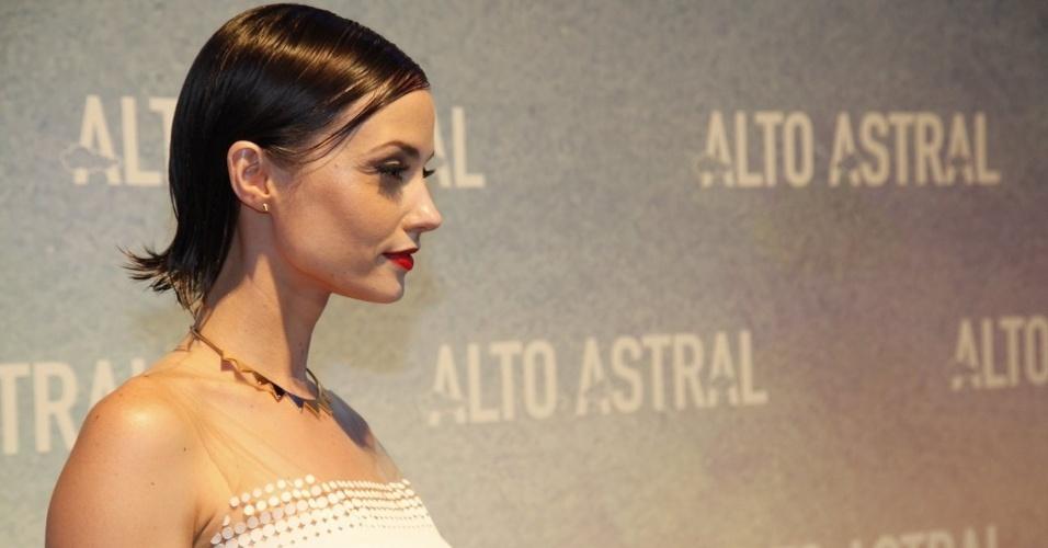 """18.out.2014 - Rosanne Mulholland na festa da novela """"Alto Astral"""", em São Paulo"""