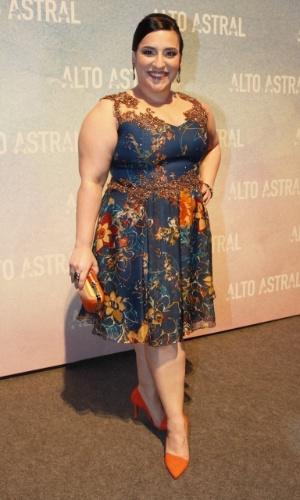 """18.out.2014 - Simone Gutierrez na festa da novela """"Alto Astral"""", em São Paulo"""