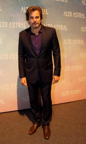 """18.out.2014 - Edson Celulari comparece à festa de lançamento de """"Alto Astral"""", nova novela das sete da Globo"""