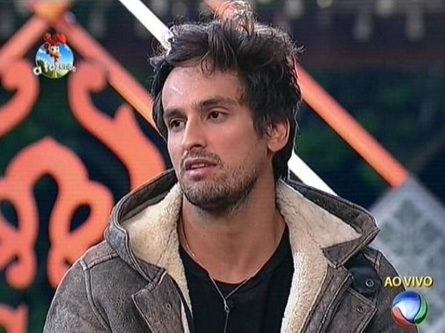 20.out.2014 - Por falta de afinidade, Leo Rodriguez vota em Pepê e Neném para a quinta roça de