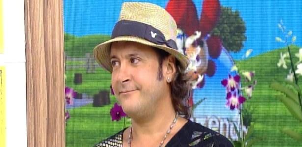"""Roy Rossello participa do programa """"Hoje em Dia"""", da Record"""