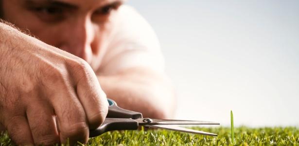 Cuide você mesmo do jardim e, além de relaxar e se divertir, economize  - Getty Images