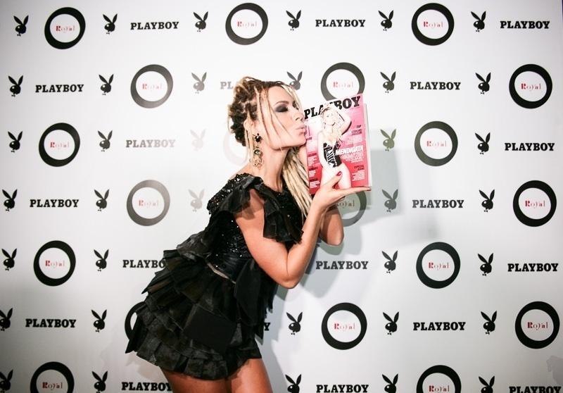 21.out.2014 - Fernanda Lacerda, a Mendigata, lança sua Playboy em festa no Royal Club, na zona sul de São Paulo, na noite desta terça-feira