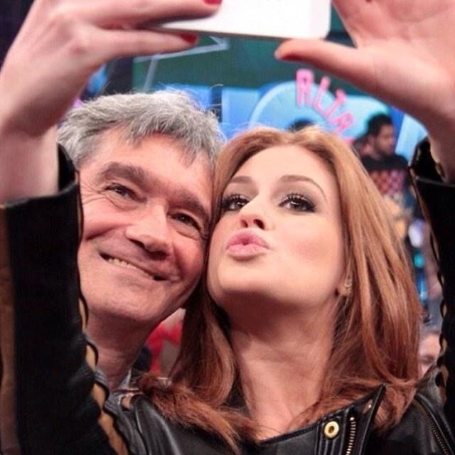 22.out.2014- Marina Ruy Barbosa postou uma foto no Instagram ao lado de Serginho Groisman no início da noite desta quarta-feira (22).