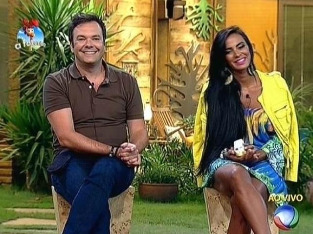 23.out.2014 - Felipeh Campos e Lorena Bueri disputam a quinta roça de