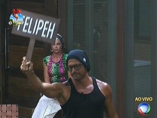 23.out.2014 - Marlos Cruz aposta na permanência de Felipeh Campos em