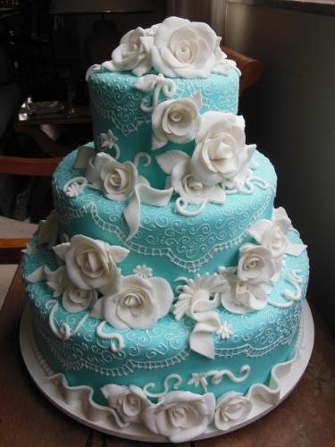 Bolo para festa de 15 anos pede superproduo veja ideias bol lbum com bolos para festas de 15 anos flores e renda em pasta altavistaventures Images