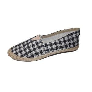 e61a58dabf Que tal dar uma folga à sapatilha  Veja sapatos tão confortáveis quanto  ela. 5   41Divulgação