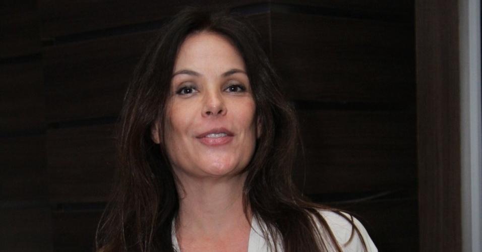 Carolina Ferraz está grávida pela segunda vez