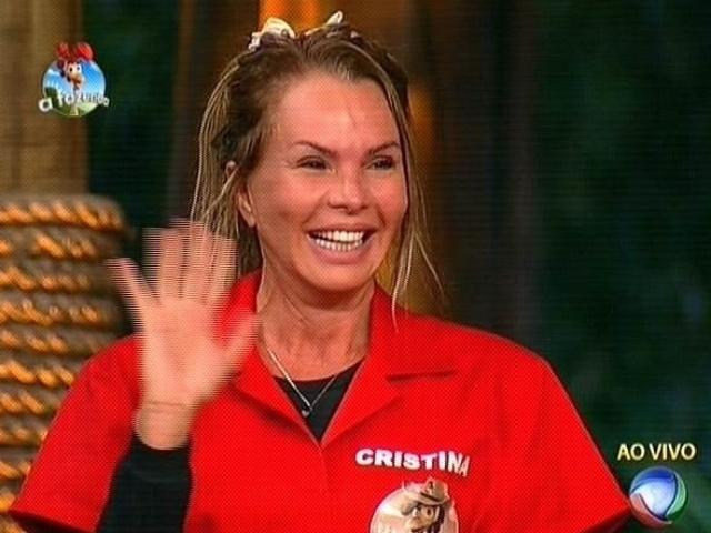 28.out.2014 - Indicada para a roça com oito votos, Cristina Mortágua se prepara para disputar a prova do fazendeiro em