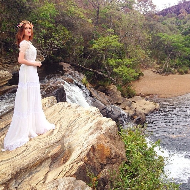 28.out.2014 - Marina Ruy Barbosa publica foto de Maria Isis, sua personagem em
