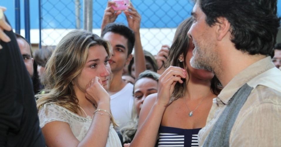 28.out.2014 - Sacha se emociona na festa de comemoração dos 25 anos da Fundação Xuxa Meneghel, no Rio de Janeiro