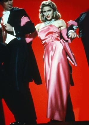 """Vestido usado por Madonna no clipe de 1985 de """"Material Girl"""", um dos destaques do leilão"""