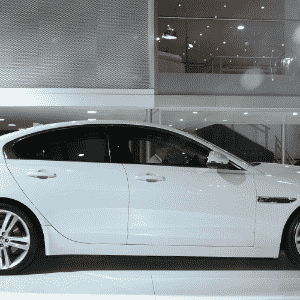 Jaguar XE - Murilo Góes/UOL