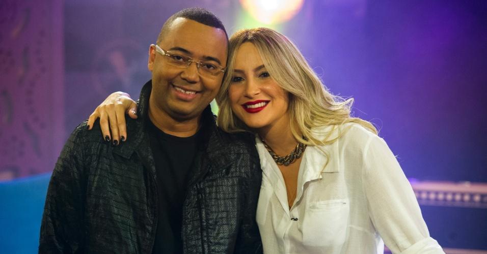 O cantor Dudu Nobre faz sua estreia no
