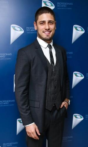 29.out.2014 - Daniel Rocha chega ao 36º Prêmio Profissionais do Ano da Globo, no HSBC Brasil, zona sul de São Paulo, na noite desta quarta-feira