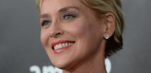 """Sharon Stone teria ficado """"arrasada"""" com morte de sobrinho"""