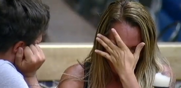 """Cristina Mortágua chora ao falar sobre o filho Alexandre Mortágua em """"A Fazenda 7"""""""