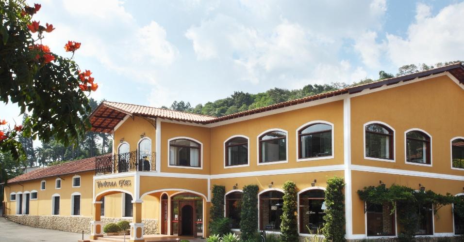 As vinícolas estão entre os principais atrativos de São Roque e costumam agregar restaurante, empório e área externa ampla para passeios a dois ou em família