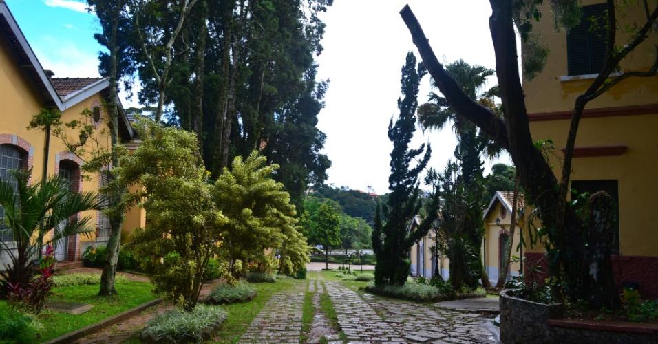 Centro Cultural Brasital tem jardins agradáveis para um passeio