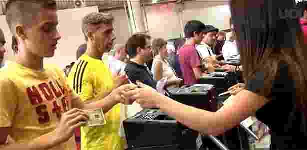 Chegada ao Salão de São Paulo: mais catracas, menos aglomeração  - Reprodução