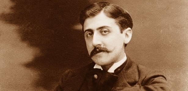 O escritor francês Marcel Proust (1871-1922), que terá itens raros leiloados  - Divulgação