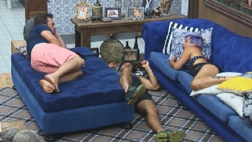 Felipeh Campos, Léo Rodriguez e Bruna Tang são os sobreviventes do grupo Ovelha