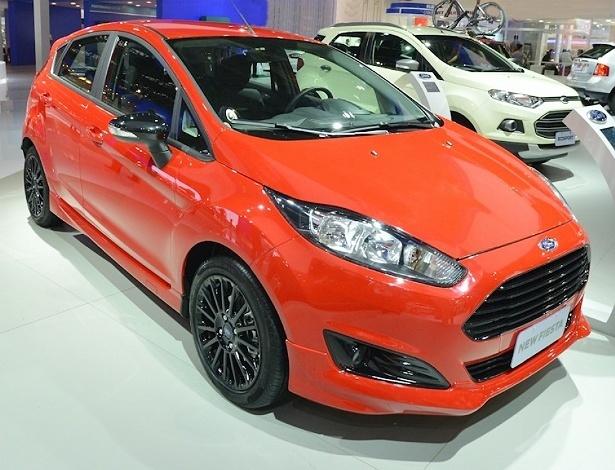 New Fiesta Sport incorpora adereços esportivos, mas motor é o mesmo 1.6 de sempre - Divulgação