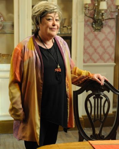MARIETA SANTANA (Marilu Bueno): Matriarca da família Santana. Senhora de muita classe e elegância. Diz tudo o que pensa sem ser arrogante