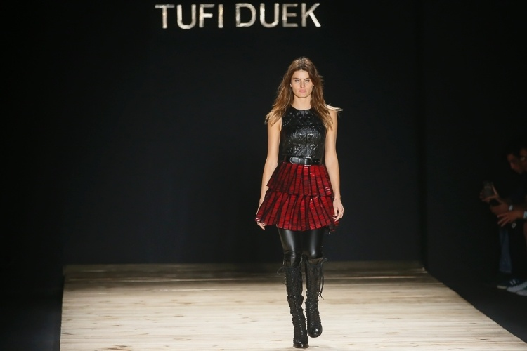 3.nov.2014 - Tufi Duek Inverno 2015 SPFW