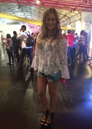 Aileen Varejão decidiu sumir da mídia para se dedicar ao seu primeiro CD, que será lançado no início de 2015