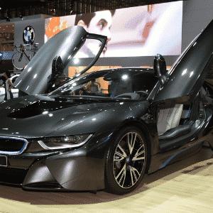 BMW i8 - Murilo Góes/UOL