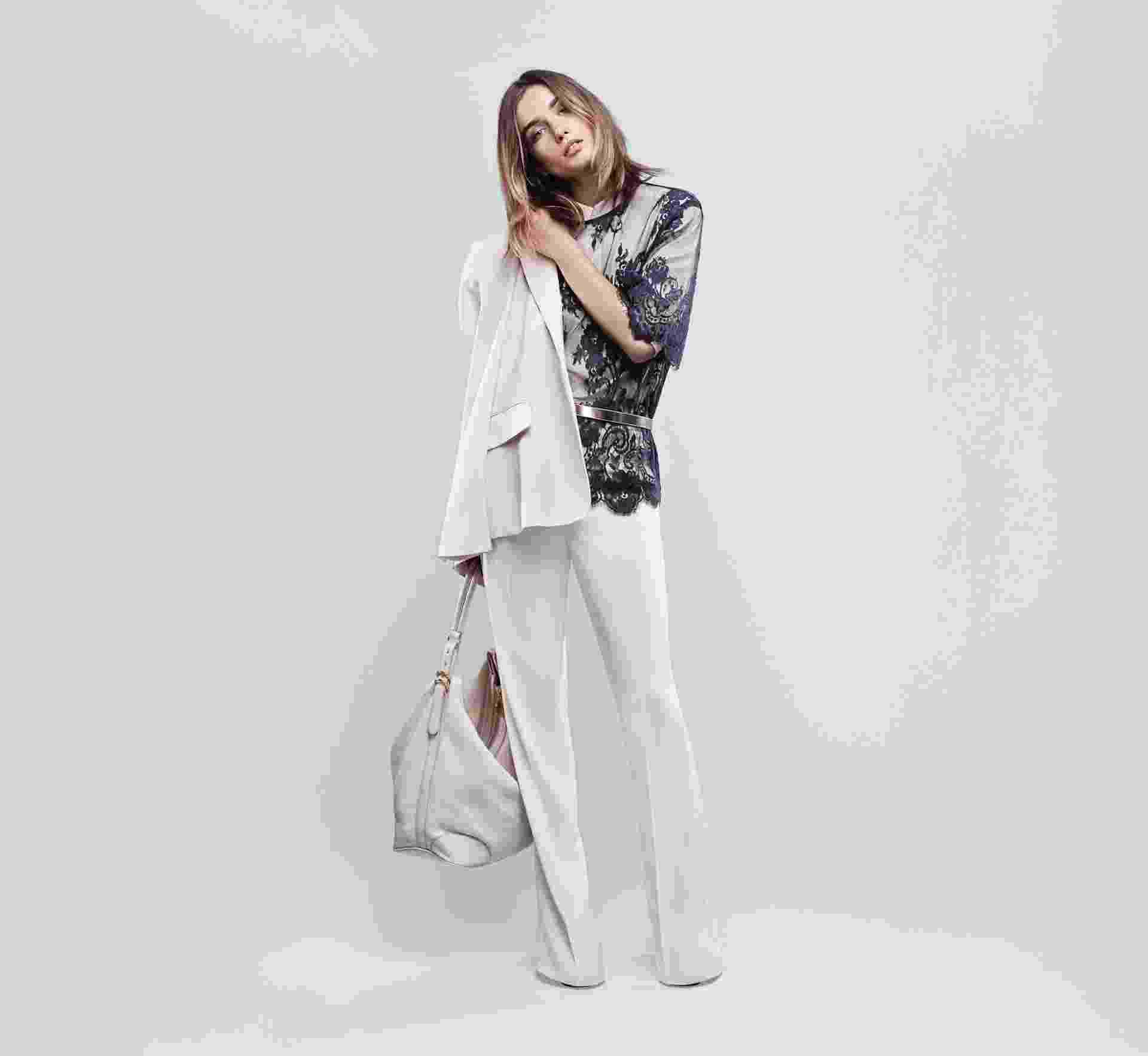 Looks da segunda coleção de Stella McCartney em parceria com a C&AModelo Melina Gesto apresenta looks da segunda coleção de Stella McCartney em parceria com a C&A - Josh Olins/Divulgação