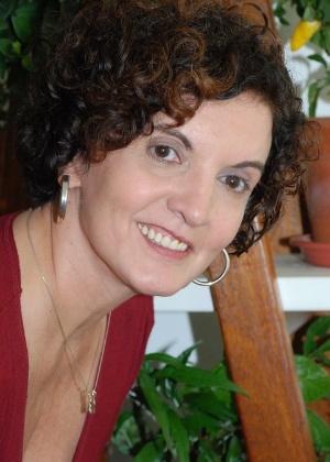 """Sonia Rodrigues, filha de Nelson Rodrigues, que lançou o livro """"Como Escrever Séries"""" - Divulgação"""
