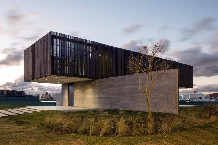 Casas suspensas e integradas est o entre as melhores arquiteturas de 2014 bol fotos bol fotos - Categoria a3 casa ...