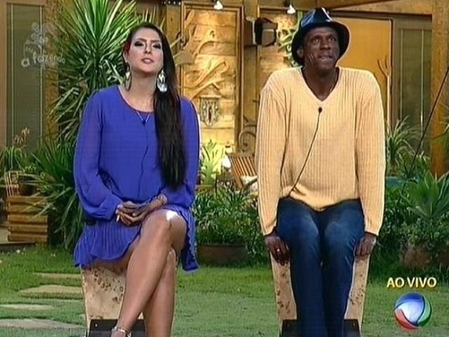 6.nov.2014 - Débora Lyra e Robson Caetano se enfrentam na sétima roça de