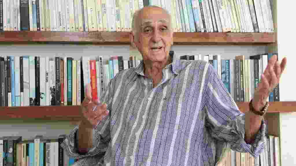 Zuenir Ventura recebe UOL em sua casa - Marco Antonio Cavalvalcanti/UOL