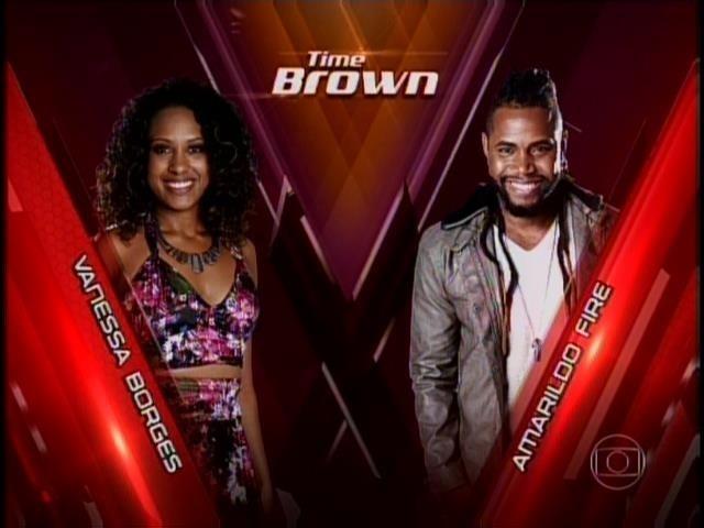 6.nov.2014- No time de Brown, Amarildo Fire e Vanessa Borges se enfrentam no palco do