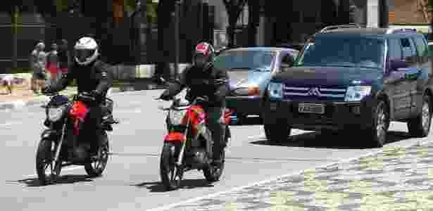 Streets como Honda Titan e Yamaha Fazer conseguem fazer 30 km/l, se bem pilotadas - Mario Villaescusa/Infomoto